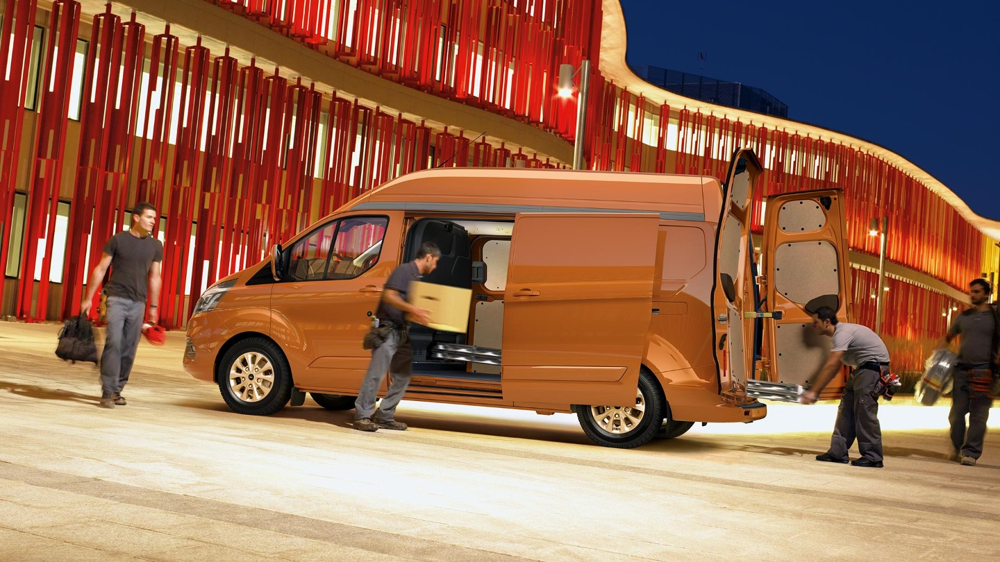 05 Ford Transit Custom Gallery